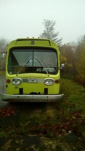 GMC coach with Detroit Diesel Engine Air Ride St. John's Newfoundland image 2