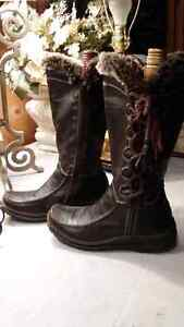 Dark brown real leather winter booths size 36