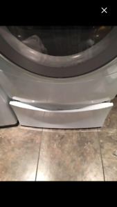 Washer/dryer stand