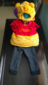 Baby Winnie the Pooh Costume – Disney Tabard & Hat