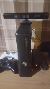 Xbox 360 with 21 games and motion