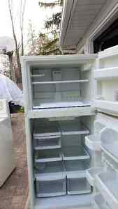 Fridge and Stove in Great Condition Kitchener / Waterloo Kitchener Area image 2