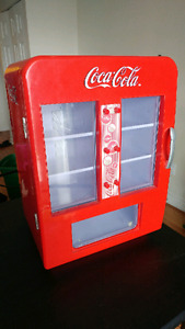 Mini Coca-Cola Fridge! ** $50 **