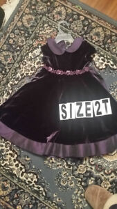 Purple Dress Size 2T very nice and very good condition $10 I cut