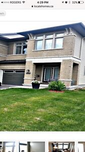 $403,900 GORGEOUS END UNIT TOWNHOME FOR SALE!!