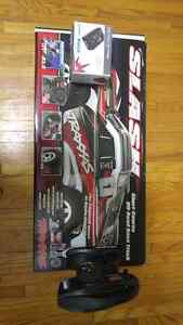 Traxxas Slash with Controller, Li-Po Battery, Charger Peterborough Peterborough Area image 1