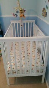 White Crib and Mattress Cambridge Kitchener Area image 1