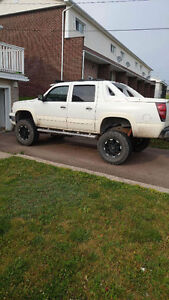 2005 lifted avalanche need gone asap