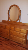 Solid wood chest with mirror