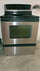 "30"" WHIRPOOL ELECTRIC STOVE STAINLESS STEEL"