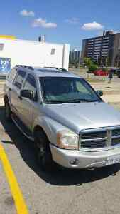2004 Dodge Durango 5.7L Hemi. Limited fully loaded London Ontario image 1