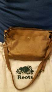 Roots Sierra Crossbody Bag