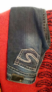 Silver Jeans size 25 & Tank Strauss Jeans size 25 Great Deal !!!