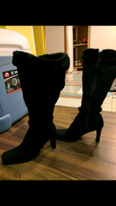 Gorgeous suede knee high boots size 9 BNWOT