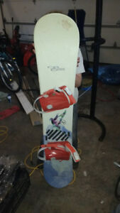 Elan Snow board for sale. Great shape