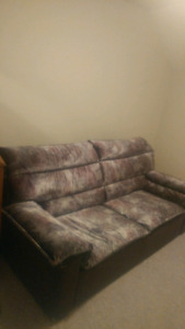 Pull out couch New