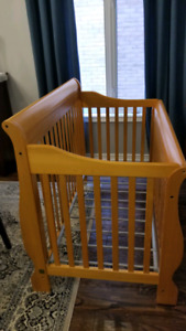 Baby crib in great condition