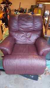 Burgandy reclining love seat and chair