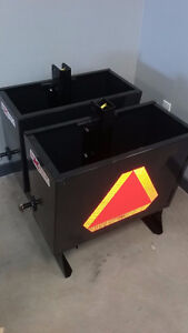NEW 3.5 cu ft, 3 Point Weight Box (525lb capacity)