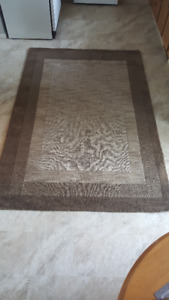 Hamilton 5 ft x 7 ft 6 inch  handwoven rug for sale