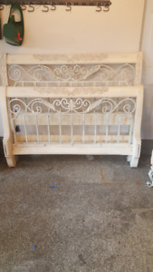 High Quality Canadian Made Solid Wood with Iron & Marble Bedroom