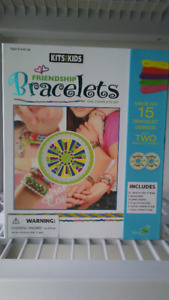 Friendship Braclets (The Complete Kit) 8+ years