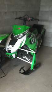 2013 arctic cat hcr m800 almost brand new