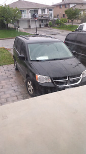 For sale 2011 dodge caravan