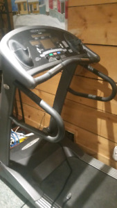 Vision Fitness T9200