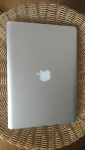 "Apple Macbook Pro 2012 13.3"" i5 8GB 500GB office clean propre"