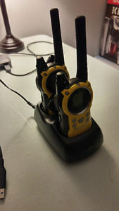 Motorola T9500 Talkabout 2 Way Radio Walkie-Talkie