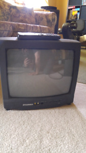 "13"" analog TV with remote"