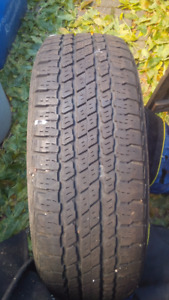 "Four Hyundai 16"" aluminum alloy rims and summer tires"