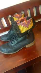 Size 6.5 Womens Boots