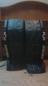 Mens senior Bauer rx4 34+1 goal pads in mint condition