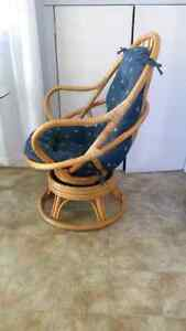 Rattan Glass Top Table with Two Chairs Cambridge Kitchener Area image 2
