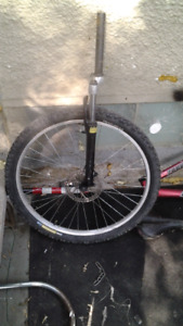 26 inch disc brake compatible rim with fork
