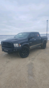 09 dodge ram Laramie lifted  fully loaded for sale  $17000 obo