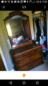 Dresser and marching mirror
