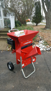 8 hp Troy-Bilt super tomahawk wood chipper