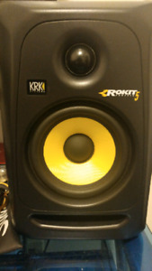 KRK Rokit 5 pair.  Like New.