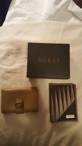 Small Gucci wallets