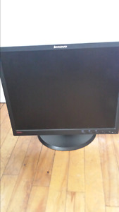 "21"" lenovo adjustable moniter"