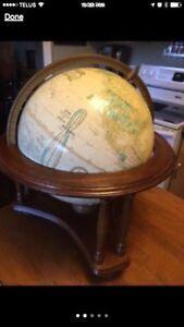Globe on Wood Stand Peterborough Peterborough Area image 1