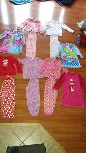 Lot de vêtements automne-hiver pour fille d'environ 5 ans Saguenay Saguenay-Lac-Saint-Jean image 2