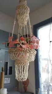 LONG SHELL FLOWER HANGER