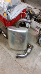 2013 f1100 exhaust system.