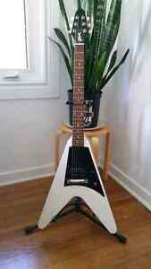 Gibson Limited Edition Melody Maker Flying V