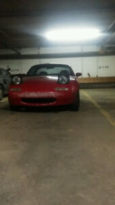 1991 Mazda MX-5 Miata Convertible (Hard-top)