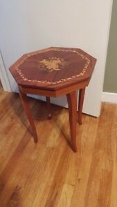 Musical end table